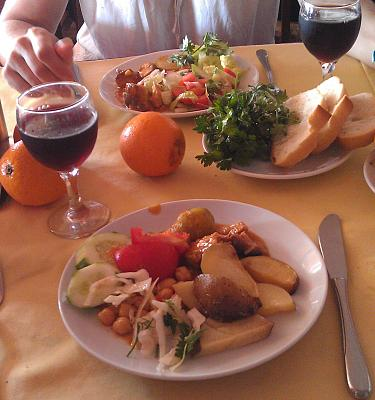 Нажмите на изображение для увеличения Название: Ужин в турецком отеле.jpg Просмотров: 98 Размер:93.1 Кб ID:25