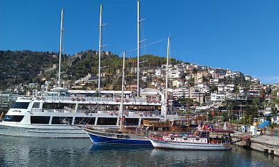 Нажмите на изображение для увеличения Название: Корабли в пору Аланьи.jpg Просмотров: 95 Размер:99.8 Кб ID:35